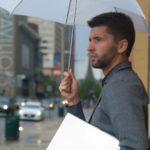 男性用折りたたみ傘はコレが売れ筋!